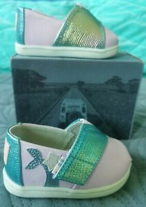 TOMS Rare Mermaid Pumps 4UK Baby Girl Shoes Canvas Lilac/Purple/Blue/Green Pearl