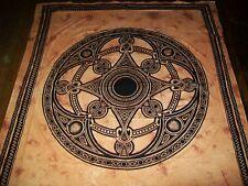 Wunderschöne Tagesdecken und Tücher Motiv Celtic Image ockerfarben