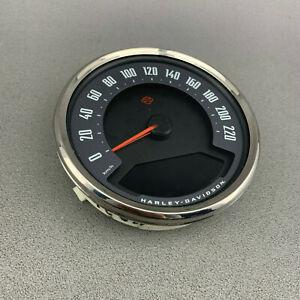Original Harley-Davidson Tachometer 70900645