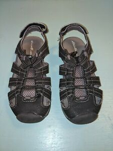 Eddie Bauer Youth - SIZE 1 - River Bump Toe Shoes - GUC