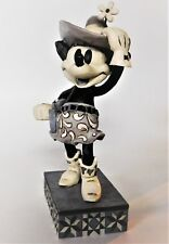 Disney Showcase Traditions Minnie Mouse Cutest Cowgirl on the Range 4011750