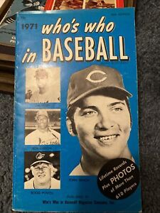 1971 Who's Who in Baseball Book  Johnny Bench, Bob Gibson On Cover -GOOD CONDTN