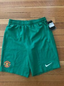 Manchester United youth XL Nike dry-fit green shorts - NWT - from England
