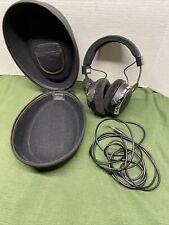 Beyerdynamic DT 880 Chrome Special Edition (600 ohm)  Headband Headphones