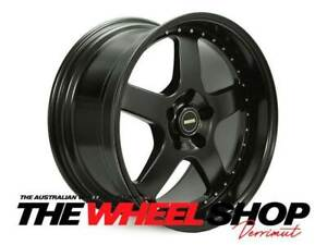 SIMMONS FR1 20X8.5 FRONT 20X9.5 REAR FITTED WITH NEW TYRES HOLDEN FITMENT BLK