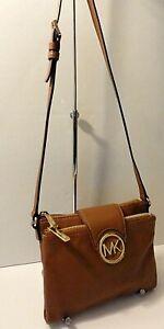 Michael Kors Fulton Leather Crossbody Swingpack Shoulder Purse Bag Card Slots