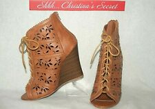 NEW BUMPER  Ankle Boots Wedge Open Toe Perforated Laced Up Zip Tan Booties Sz 10