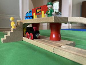 Vintage BRIO Wooden Train Set 33662 2-Level Station NEAR MINT Stairs Thomas Lot
