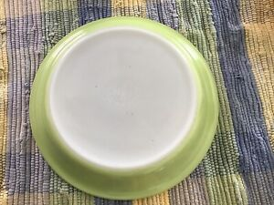 """Vintage Pyrex #909 Pie Dish Plate Pastry 9"""" Inch Lime Green"""