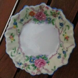 Chikaramachi Hand Painted Made in Japan Floral Trinket Dish/Bowl