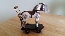 Fatto a mano in legno in miniatura casa bambole Push Lungo Cavallo scala 1.12