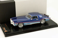 Stutz Blackhawk Coupe Jahr 1971 hellblau / dunkelblau 1:43 Premium X