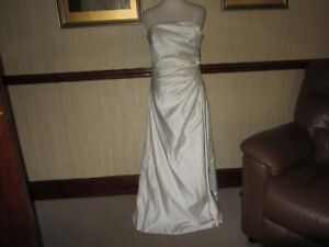 Bhs 2 ivory bridesmaid dresses. One 12 years one 15 (8)