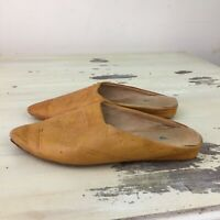 VRAI CUIR - Vtg Womens Tan Leather Slip On Mexican Slippers Shoes, Sz 6