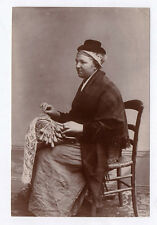 PHOTO ANCIENNE Dentelle Fuseaux Broderie Brodeuse Costume traditionnelle 1890