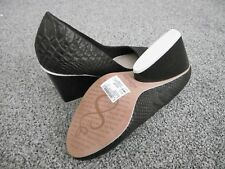 Ladies Clarks black shoes size 4.5 (37.5) - New