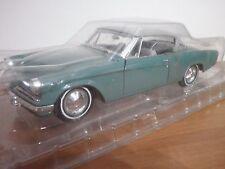Auto da Collezione Metal  Studebaker Starliner 1953 Green MAISTO SCALA 1:18