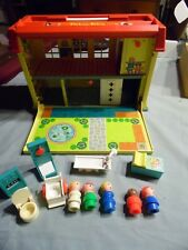 Vintage 1976 Fisher Price Little People Play Family Childrens Hospital