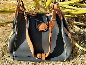 Dooney Bourke Leather Shoulder Handbag