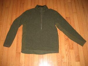 Lululemon Olive Green Fleece Jacket/ Pullover Top  Size M / Current Design