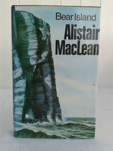 Alistair MacLean. Bear Island. Hardback in Dustjacket. 1st Edition. 1971