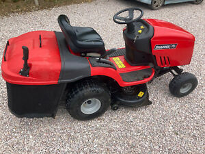 Ride on Mower with good grass collector 36in cut