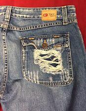 "BKE ""Stardust"" Women's flap pockets  Distressed Jeans/capris Size 31x26 GUC"