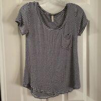 Love & Charm Women's Black/White Striped Scoop Neck Tee size M