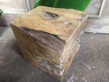 Massive Beistelltische mit weniger als 45 cm Höhe aus Massivholz