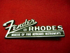 6 x FENDER RHODES ELECTRIC PIANO ' 73 / ' 88 / SUITCASE