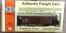 HO Railroad Con-Cor 1/87 scale Coal Hopper Conrail Rail Car w/box