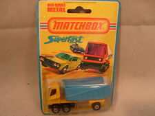1976 MATCHBOX LESNEY SUPERFAST #50 ARTICULATED TRUCK NEW ON DAMAGED CARD