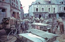 WWII Photo US Soldiers and Press in France  WW2 / 1012