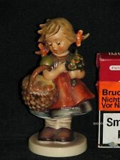 "Goebel Hummel 355 ""Herbstsegen"", autumn harvest Mädchen mit Korb voll Äpfel TMK5"