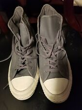 Converse gray mens 9 or womens 11 leather upper sneaker excellent condition