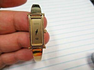 Swiss Gucci 1500 5J Jewel Ladies 10 Microns Gold Rectangular Buckle Wristwatch