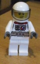LEGO FIGURE ** WHITE SPACEMAN/ASTRONAUT MODERN ** WITH ALL THE PRINT ON HIS BODY
