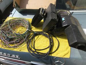 Bassbox + CD Wechsler + Soundsystem Verstärker + Kabel Mercedes-Benz W210 T-Mode