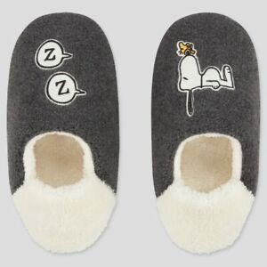 PEANUTS SNOOPY x UNIQLO UT Holiday Collection Room Shoes Size: L for Women - NEW