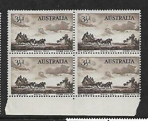 1955 Cobb & Co Royal Mail 3½ d Block of 4  Stamps MUH/MNH