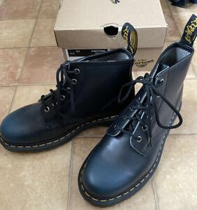 Dr Martens 101 6 Eye Navy Black Boots, Size 6 (EU 39), Big Fitting, BNWT