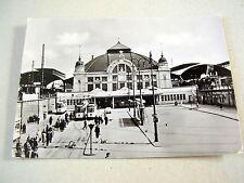 OLD REAL PHOTO-PC: HALLE / SAALE~BAHNHOF~ca 1950/60's~ANIMATED~TRAMS~LOCOMOTIV