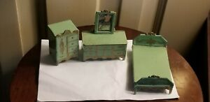 ANTIQUE GREEN GOLD PAINTED METAL DOLLHOUSE MINIATURE BEDROOM SET 3pc bed dresser