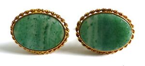 A VINTAGE PAIR OF GOLD TONE T-BAR CUFFLINKS WITH MOTTLED GREEN AGATE STONES