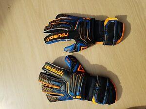 Size 10 Reusch Attrakt G3 Fusion Goaliator Goalkeeper Gloves NEW 5070993