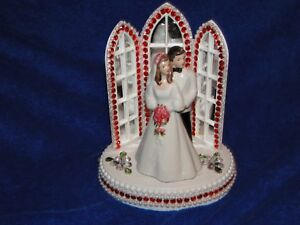New Chapel Church Mirrored Windows Cake topper with Bride & Groom & Red Decor