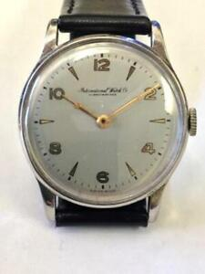 FINE VINTAGE MEN'S IWC INTERNATIONAL SCHAFFHAUSEN WRIST WATCH IN STAINLESS STEEL