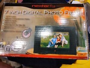Nextat 7 Inch Digital Photo Frame With White Or Black Surround Item Number N 7 -