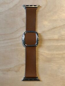 Apple Modern Buckle Saddle Brown Leather   Authentic Apple Watch Band Med, 40mm