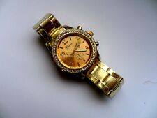 Very Smart  Crystal  Faced  Gold Stainless Steel Watch